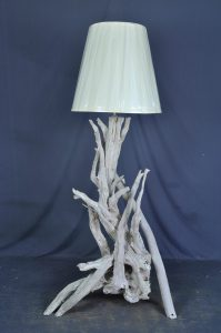 driftwood-floor-lamp