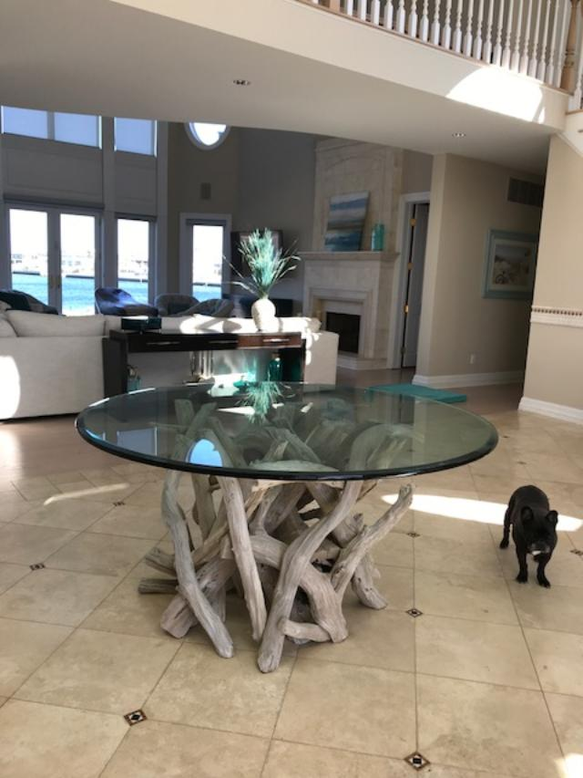driftwood-entry-table
