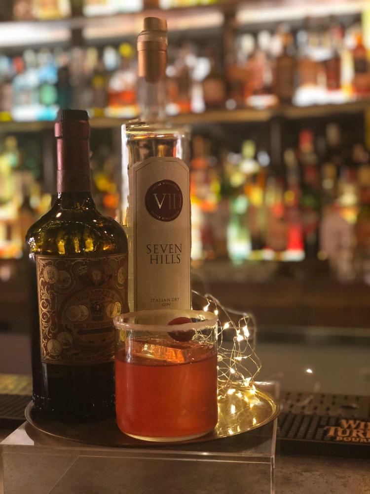 drink GHINO di Antonio Tittoni bar manager e proprietario del Depero Club di Rieti