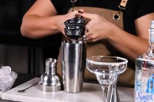 margarita cocktail spremere succo di lime