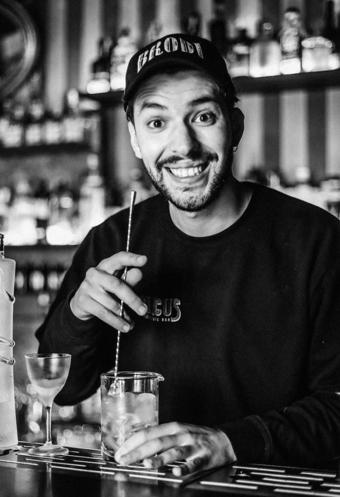 Giovanni Torre del Circus Cocktail Bar di Catania 2