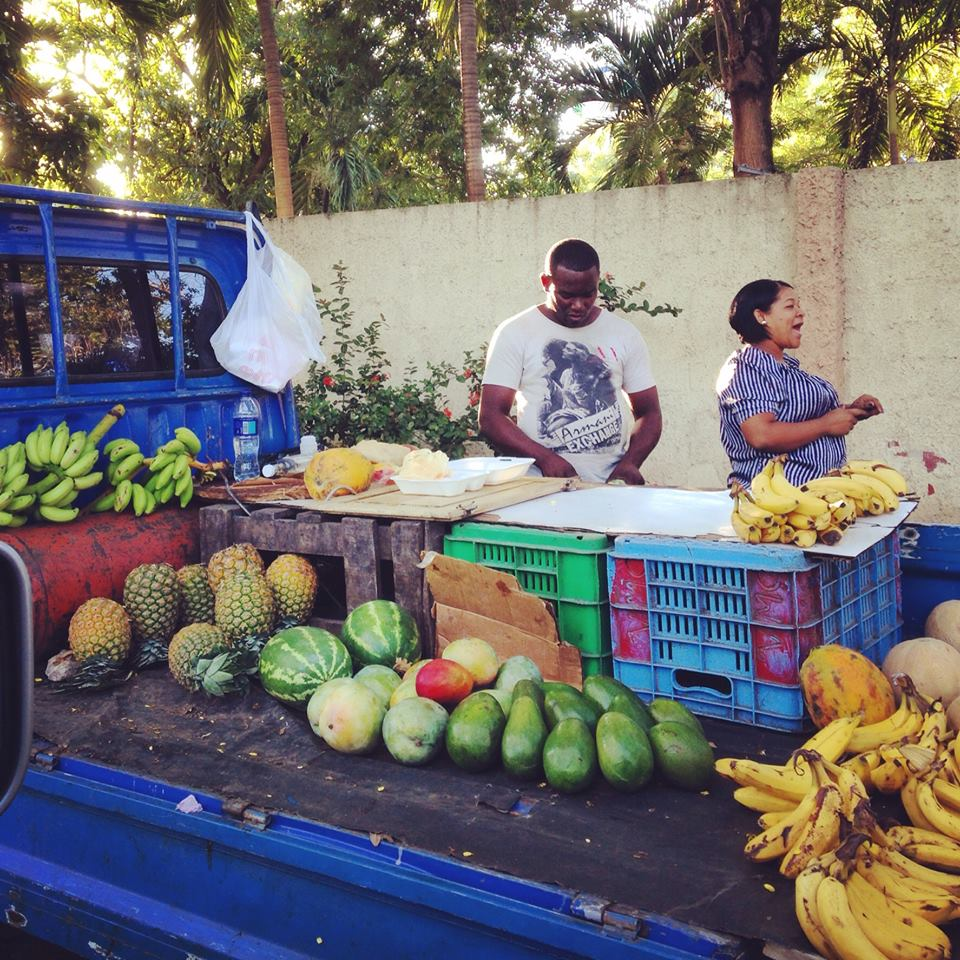 Fruit guys in Dominican Republic