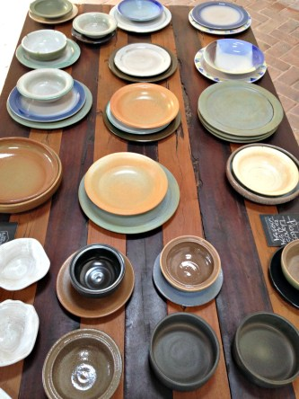 beautiful bowls in the colonial zone