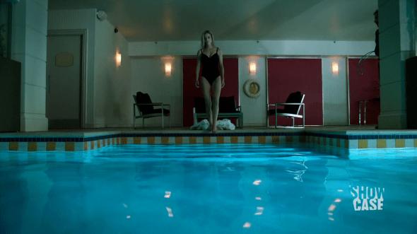 Lauren getting in the pool in Waves