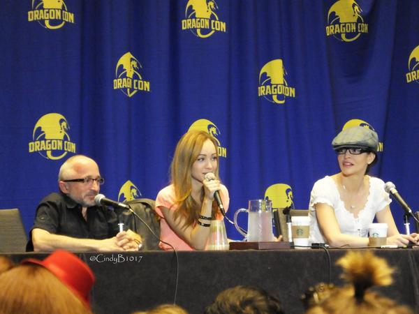 Rick Howland, Ksenia Solo, and Emmanuelle Vaugier at Dragon Con 2014