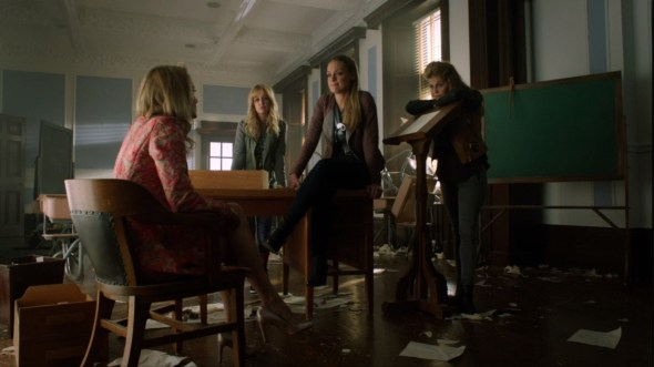 Tamsin Acacia Stacey and Frejya in Sweet Valkyrie High