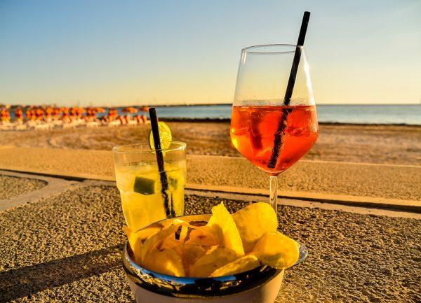 summer_drinking-e1481264950849.jpg