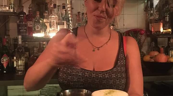 Drinks with Alexandra Ulijaszek (Bartender)