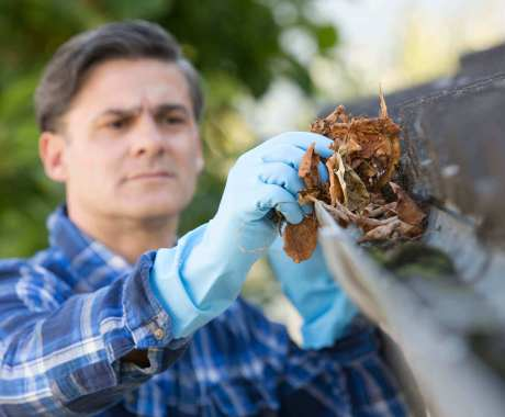 How to Get Your Gutters Ready For Fall & Winter
