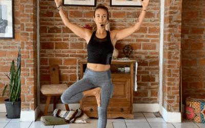 1hr Intermediate Yoga Balance and Challenge Flow (Español)