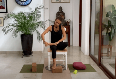 12min Yoga for your Feet – Therapeutic (English)