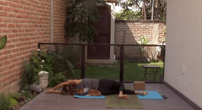 35min Restorative Yoga