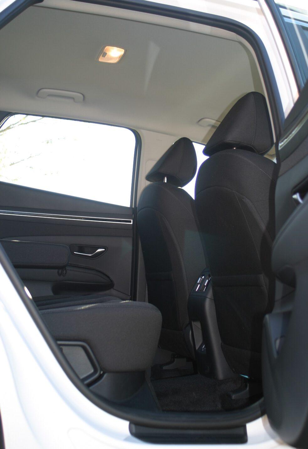 Hyundai Tucson rear foot well