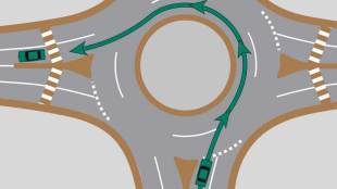 Left turn in a roundabout