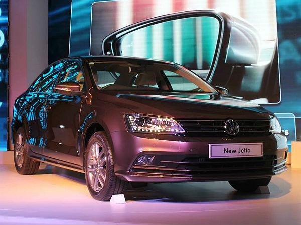 New Volkswagen Jetta Launched: Price, Specs, Features ...