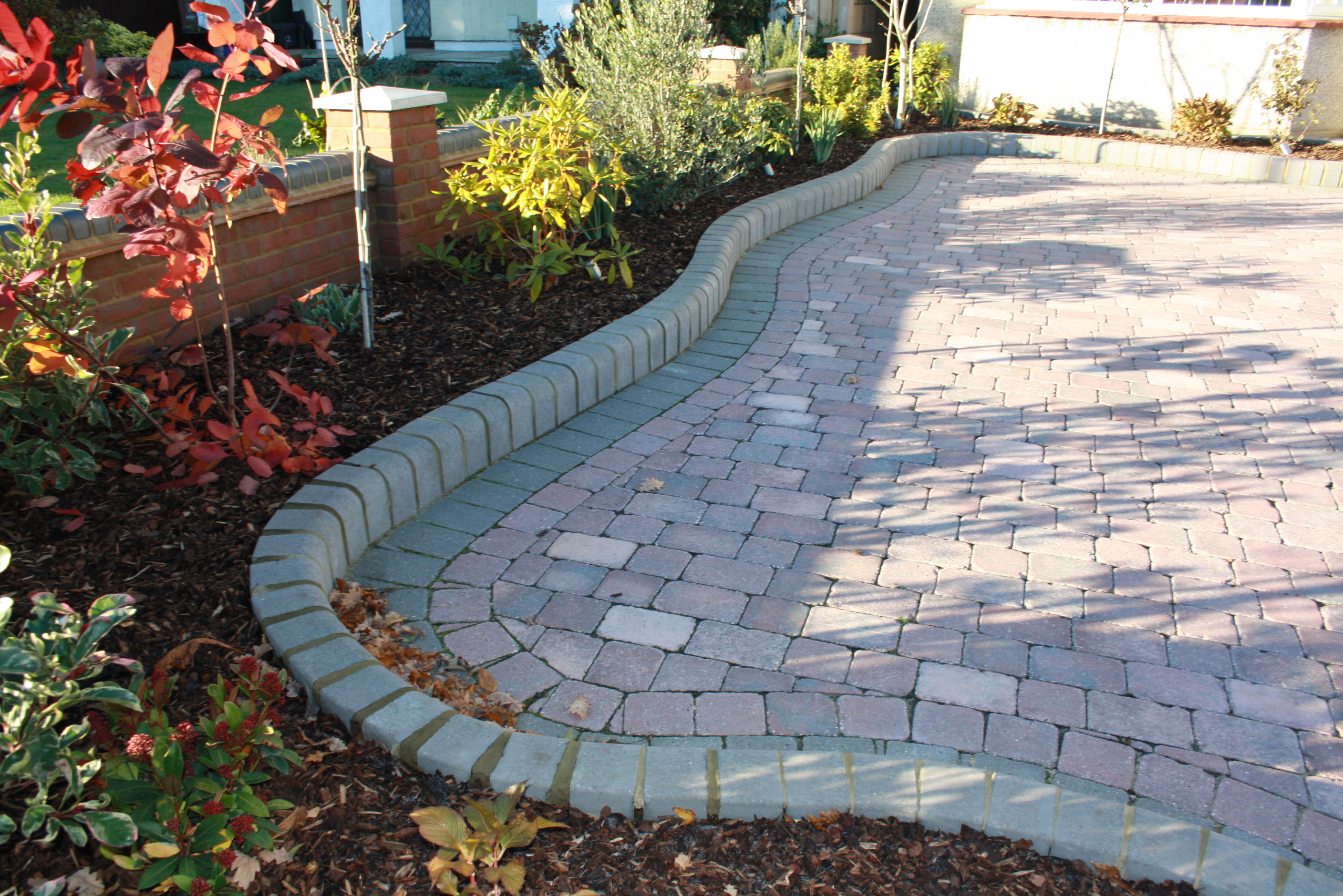 Paving Designs Block Paving - Will Your Driveway Stand Out..For the Right Reasons?