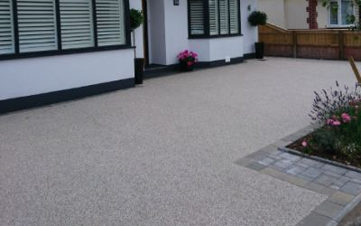 Low maintenance driveways – TOP two paving surfacing products
