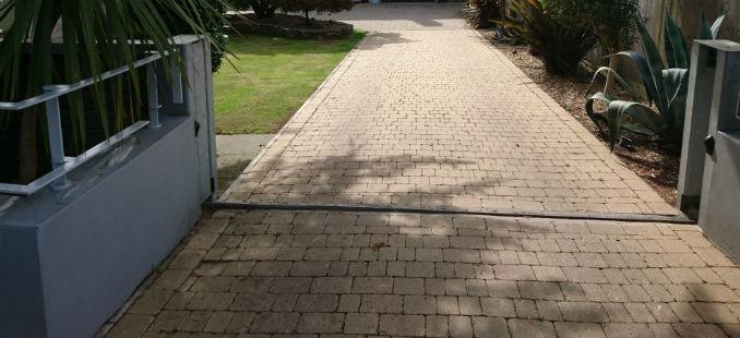 block paving driveways modern styled home