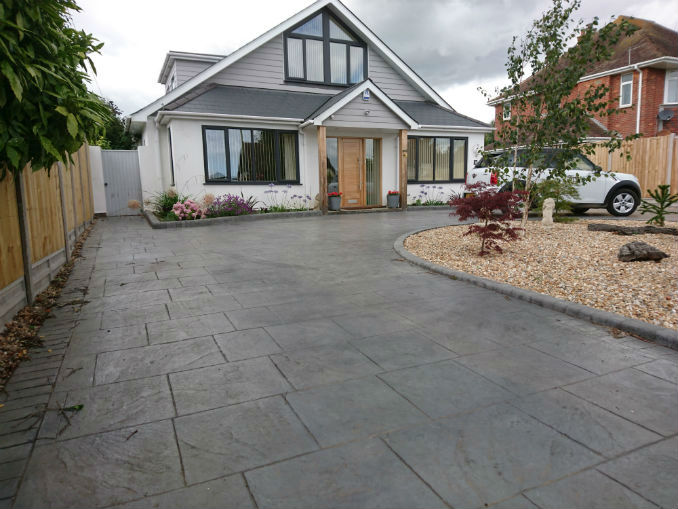 Driveway Designs For August 2018 Get Blown Away By These Stunners