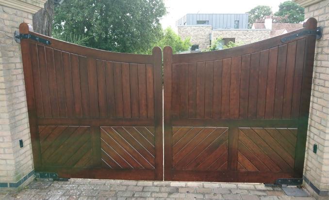 peak wooden driveway gates