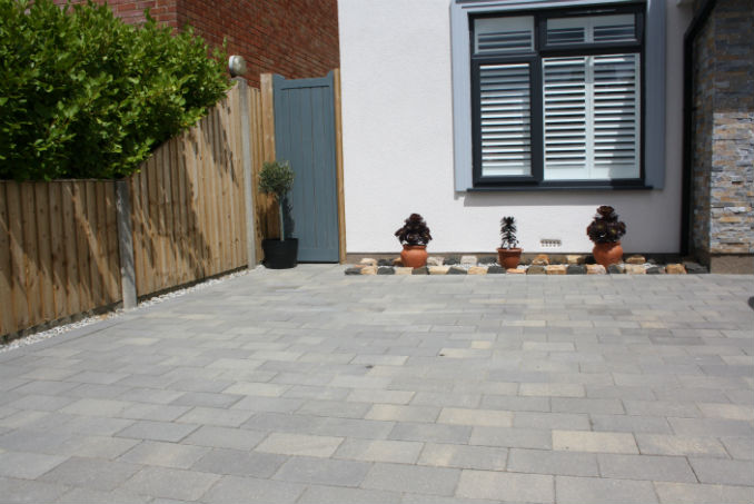 larger block paving bromley