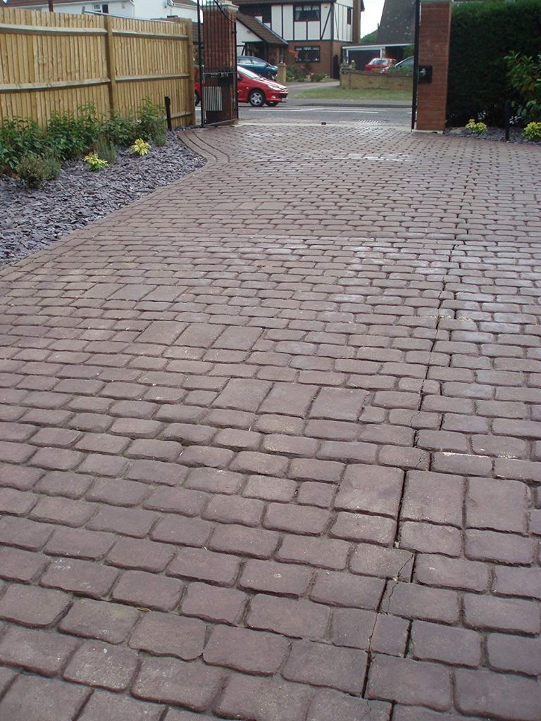 Before resealed driveway with Best Concrete Sealer for Pattern Imprinted Driveway is used