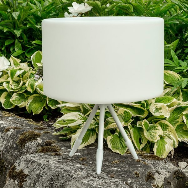 White Garden Tripod Lamp with Low Stand