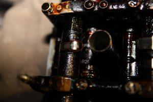 Шламовые отложения в двигателе