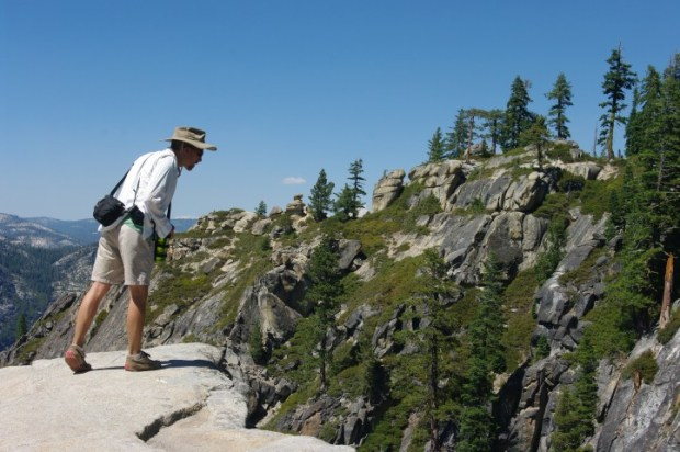 Paul looking over the edge of a fissure near Taft Point.