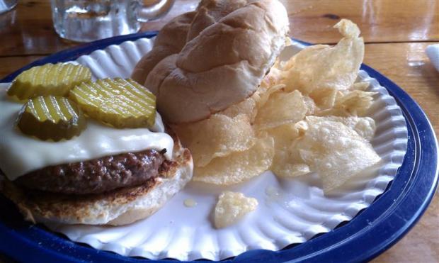 Larry Burger: delicious.