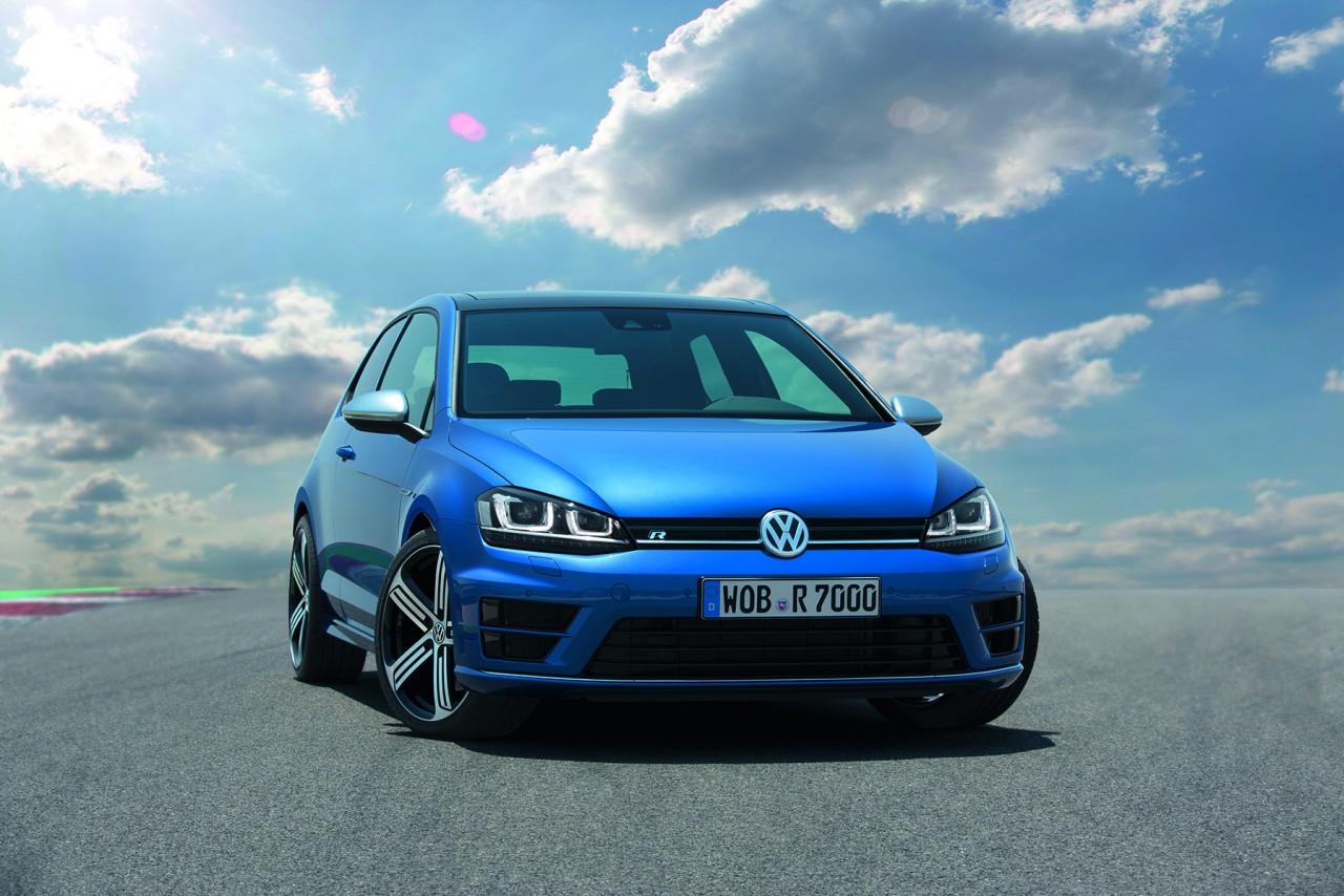 Volkswagen Golf R Stats & Gallery