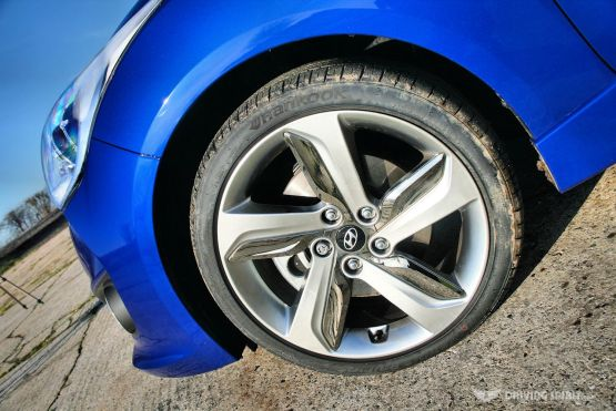 Hyundai Veloster Turbo Wheel