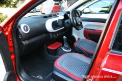 Renault Twingo Interior (2014)