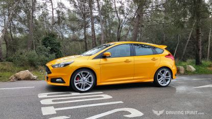 2015 Ford Focus ST - Tangerine Scream