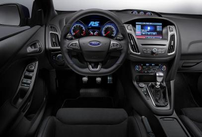 2016 Ford Focus RS Dashboard
