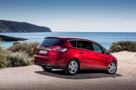 Ford S-Max Static 04