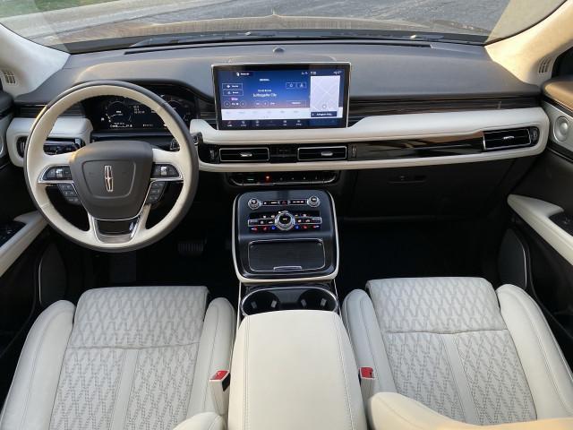 2021 Lincoln Nautilus Interior
