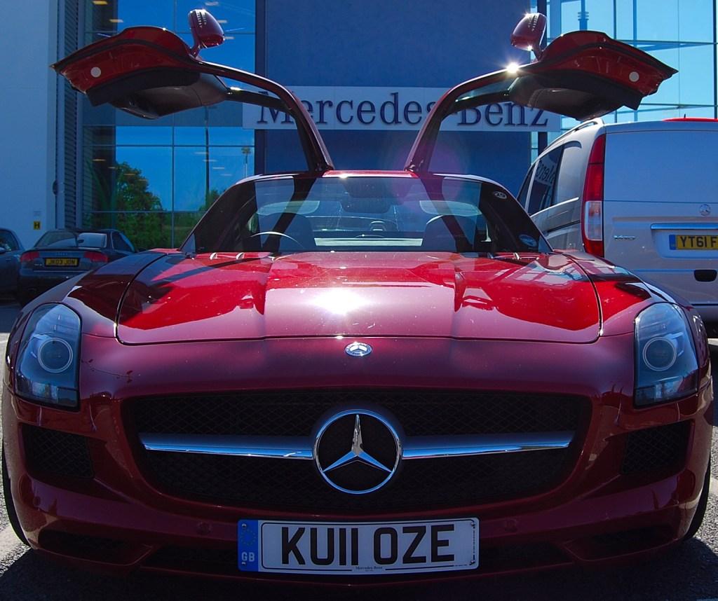 Mercedes Benz SLS AMG Red doors open
