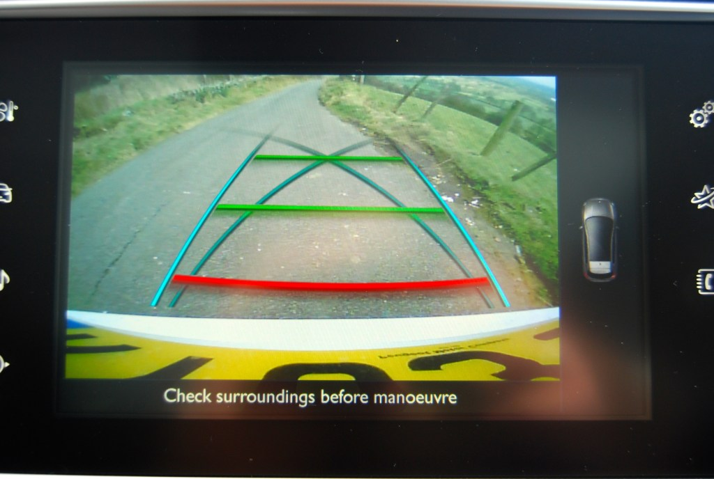 Peugeot 308 THP rear view camera