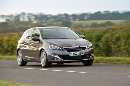 Peugeot 308 e-THP 130 – Driven and Reviewed