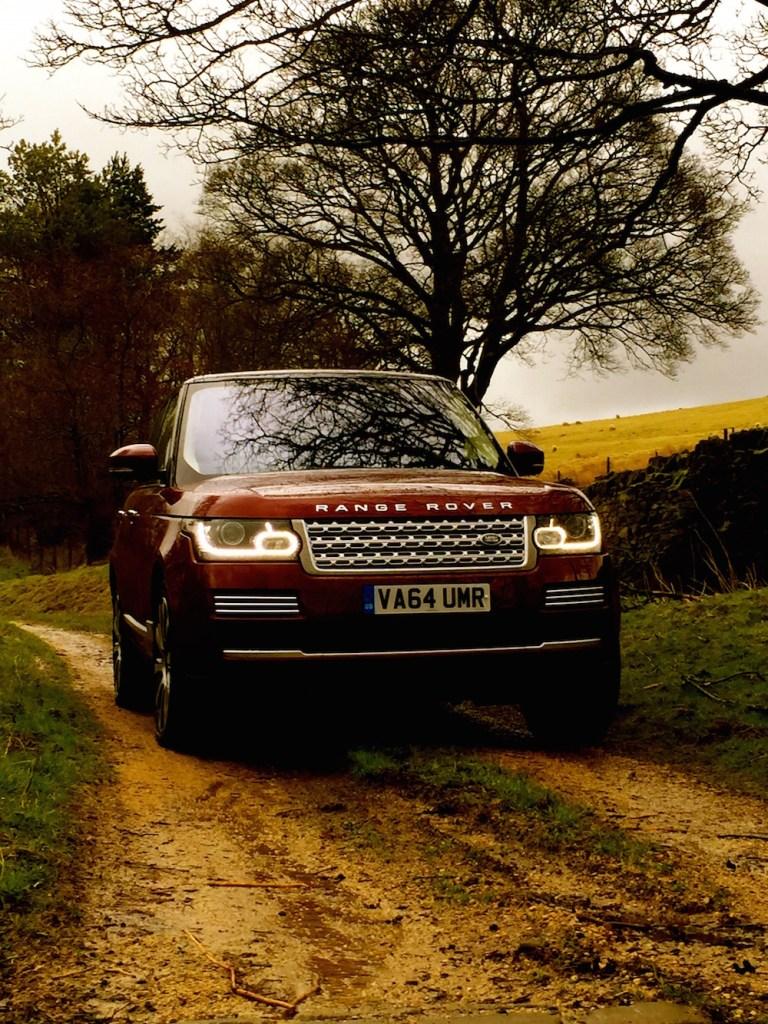 range_rover_vogue_se_red_front
