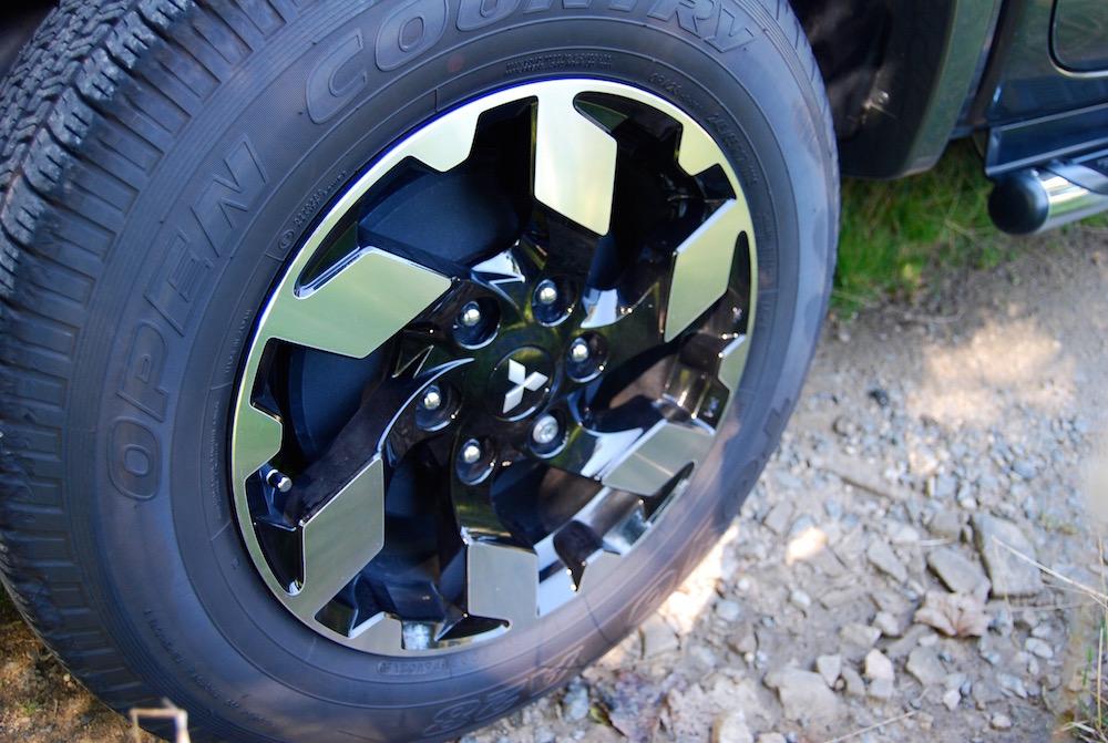 mitsubishi l200 barbarian wheel