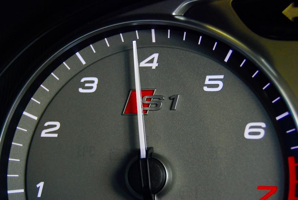 Audi S1 tachomoter rev counter
