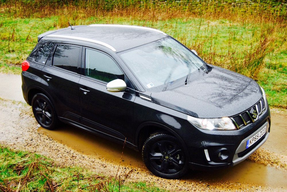 Suzuki Vitara S Black Side