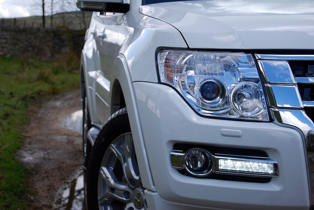 mitsubishi shogun led headlights review