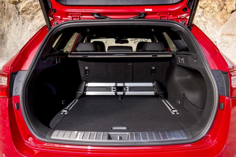 new kia optima sw estate sportswagon boot review trunk