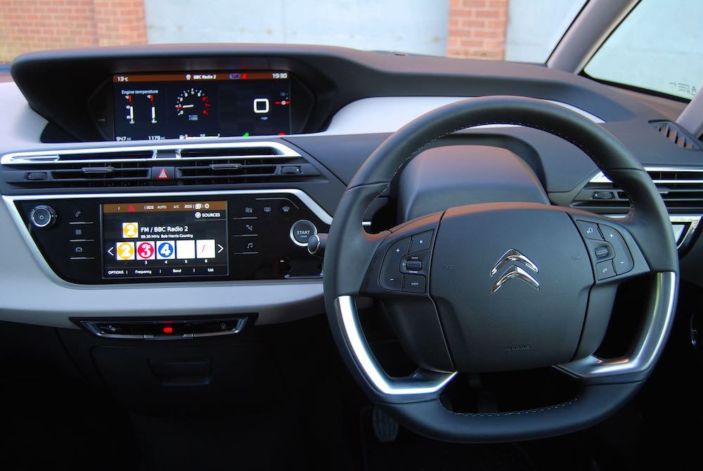 Citroen C4 Picasso dashboard