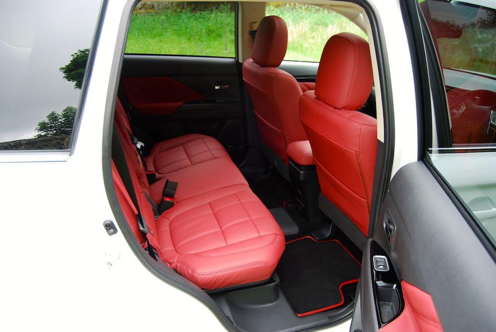 mitsubishi outlander phev rear seats