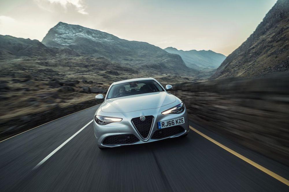 Alfa_Romeo_Giulia_19_