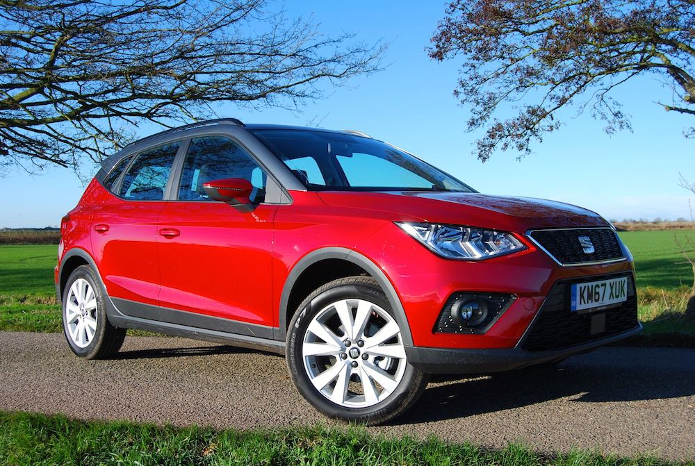 Seat Arona front side red